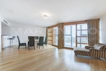 2 bed Apartment for sale in Falcon Wharf, Battersea