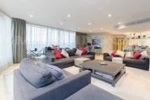 4 bedroom Penthouse in Ensign House...