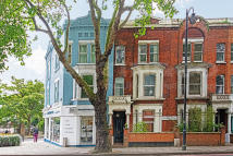 Terraced house for sale in Cremorne Road, Chelsea