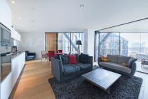 Apartment to rent in Holland Street, Bankside