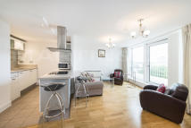 2 bedroom Apartment to rent in Oyster Wharf