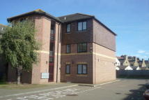 1 bed Ground Flat to rent in Wykeham Road...