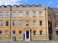 Apartment to rent in The Heights, New Road...