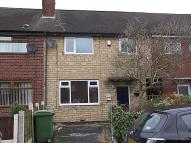 Town House to rent in Hawes Avenue, Farnworth...