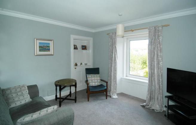 Bedroom 2/ Lounge