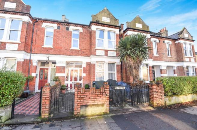 3 Bedroom Maisonette For Sale In Faraday Road Wimbledon Sw19 Sw19