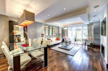 4 bedroom Town House in South End, London, W8