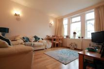 Ground Flat to rent in Farnan Lodge, London...