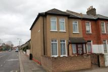 2 bedroom house for sale in Blackshaw Road, London...