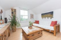 Flat to rent in Lewin Road, London, SW16