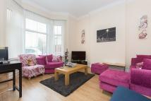 2 bed Ground Flat in Ouseley Road, Balham...