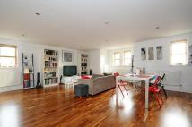 Boundaries Road Flat for sale