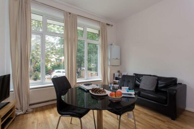 Living room/ Open pl