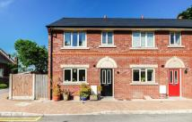 Town House to rent in Malt Kiln Mews, Standish...