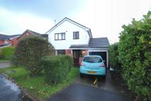 3 bed Detached property in Colnbrook...