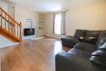 2 bedroom Flat in 43 Spendmore Lane...