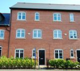Town House to rent in 43 Trevore Drive...