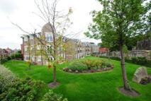 2 bedroom Flat in Bramley Court, Standish...