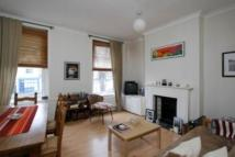 1 bed Flat in Boutflower Road...
