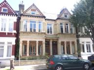 3 bed Ground Flat to rent in Longbeach Road...