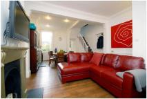3 bed property in Kerrison Road, Battersea...
