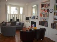 Flat to rent in Amies Street, Battersea...