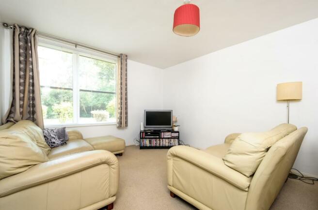 Living Room 2 (Main)