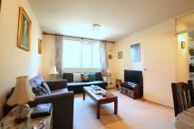 1 bedroom Flat to rent in Lane End, London, SW15