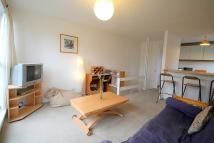 Apartment in Littlecombe Close...