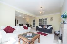 3 bed house to rent in Highlands Heath, Putney...