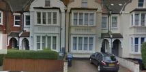 1 bedroom Flat to rent in Blenheim Gardens...