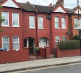 Flat to rent in Chapter Road, Willesden...