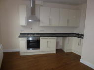4 bedroom Flat in Haydons Road, Wimbledon...