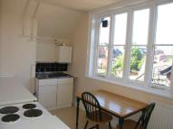 Flat to rent in Off London Road