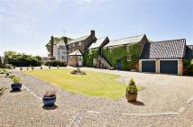 5 bedroom Detached home for sale in Glen Road...