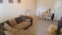 1 bed Ground Flat to rent in Greenfield Gardens...