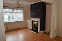 Town House to rent in Alfred Close, Widnes, WA8