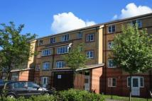 2 bed Flat to rent in Peatey Court...