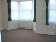 2 bedroom Flat in Balfour Road, Ilford, IG1