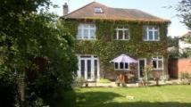 5 bed semi detached house in Rosedene Gardens...
