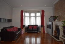 5 bedroom house to rent in Beehive Lane, Redbridge...