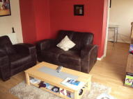 2 bedroom Flat in Foresters Drive, London...