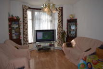 3 bed Terraced house to rent in Percy Road, Ilford, IG3