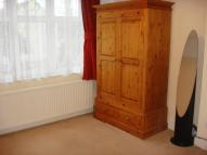 property to rent in WIDECOMBE GARDENS, Ilford, IG4