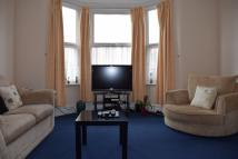 Flat in WELLESLEY ROAD, Ilford...