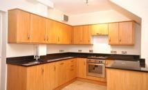 2 bed home to rent in Doverfield Road, London...