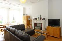 Flat to rent in Elmbourne Road, London...