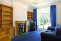 4 bedroom house in Eatonville Road, London...