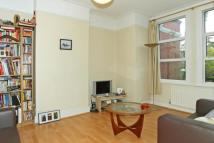 Flat to rent in Ravenstone Street...
