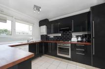 house to rent in Badrick Court...